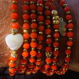 Sautoir orange et cœur nacre